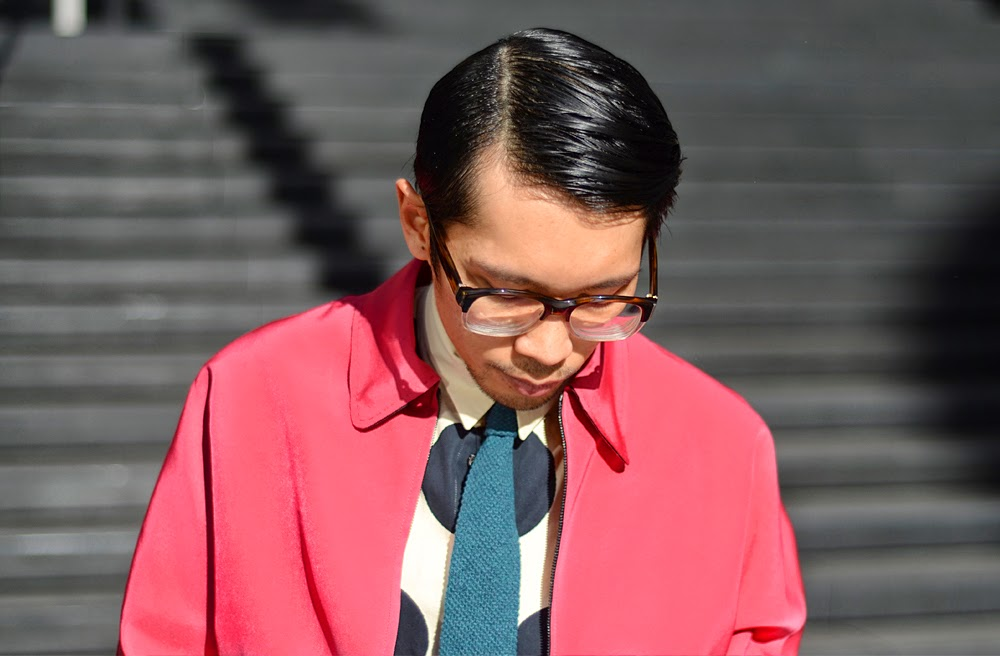 Lanvin mens raspberry pink jacket, Marni mens polka dot shirt, neon blue belt, Linda Farrow glasses, Australia mens blog,
