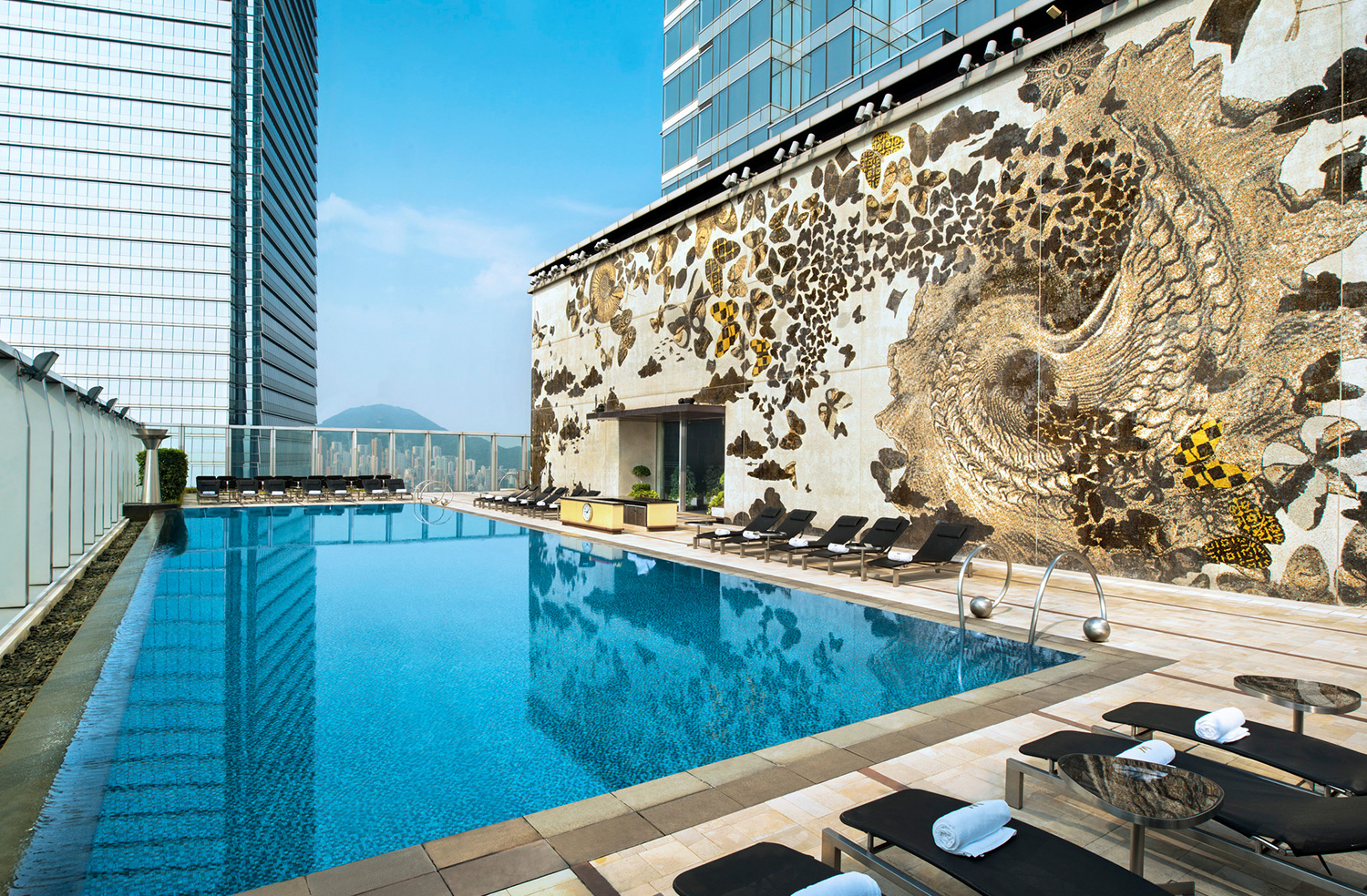 W Hong Kong pool, Australia travel blog, Hong Kong rooftop pool,