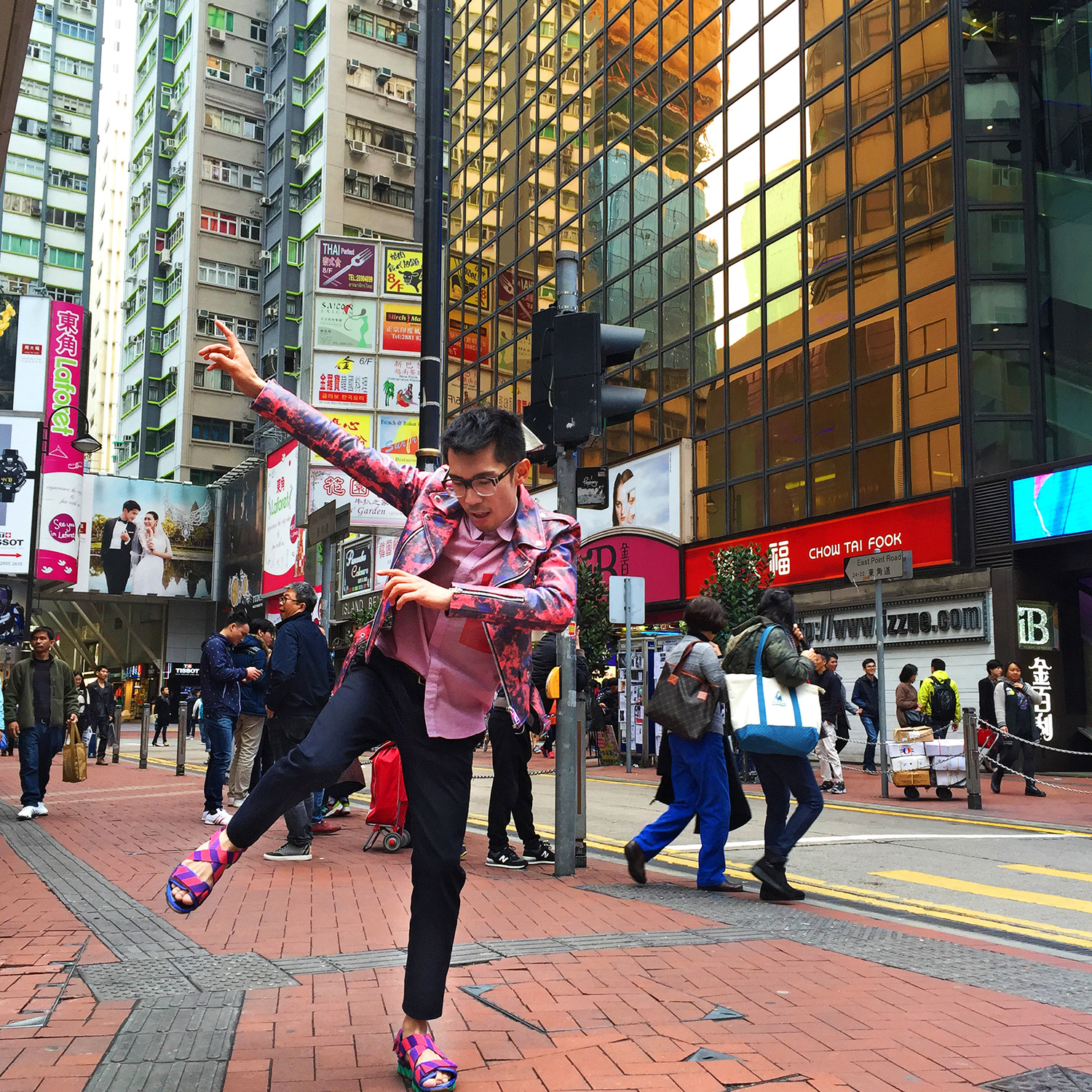Australia mens blog, John Lawrence Sullivan pink leather jacket, pink sandals, Hong Kong travel blog