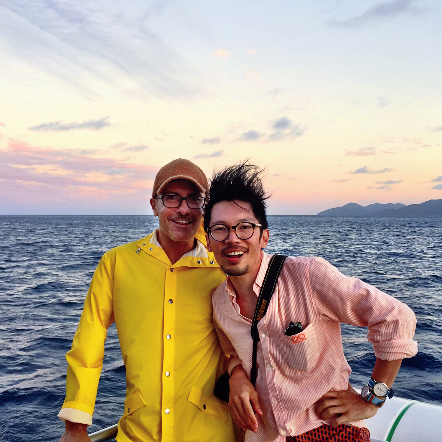 Beqa lagoon, Fiji sunset, Australian travel blogger, Rains yellow parka jacket, JDRT watch