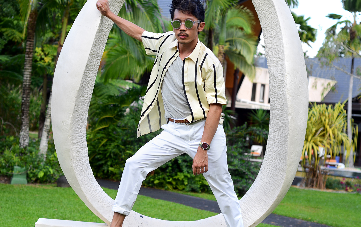 How To Stand Out With Resort Wear, Rag & Bone Exeter striped cotton shirt, Incotex chino trousers, Lunettes Collection x John Lawrence Sullivan Sunglasses, Nirmaya Villas, Australia mens travel blog