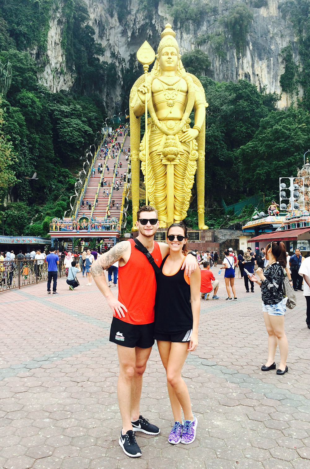 how to survive travelling as a couple, Batu Caves